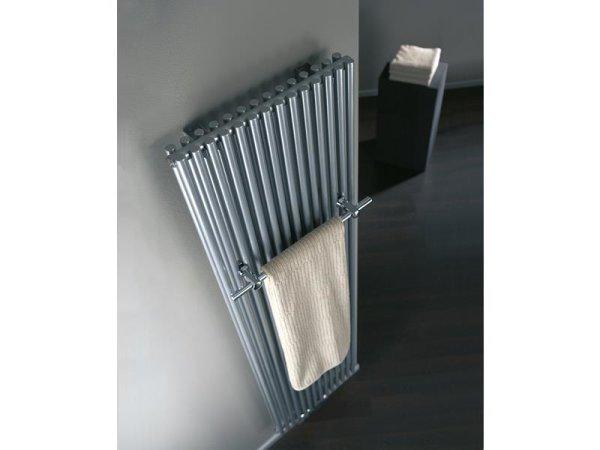 Badheizkörper Twin mit Mittelanschluss, 600 x 1800 mm, silber